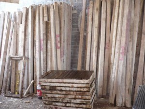 renta de cimbra, madera, polines, tablas,tarimas, vigas todo para su cimbra
